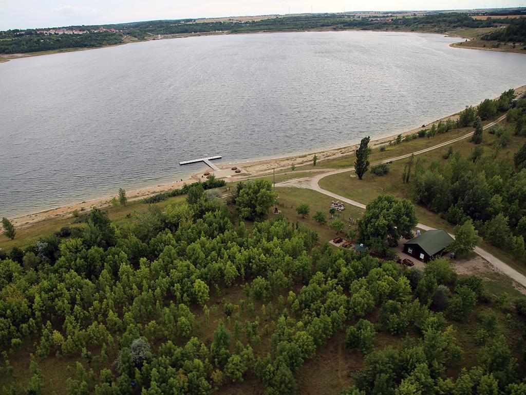 Luftbild vom südwestlichen Teil des Geiseltalsees im Sommer 2012 (Foto: Ronald Karge)