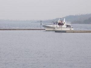 FSG Felix legt im Hafen Braunsbedra an