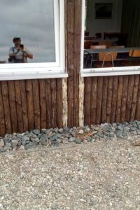 Reparatur Wetterschutzhütte