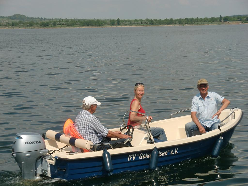Fahrt mit dem Vereinsboot