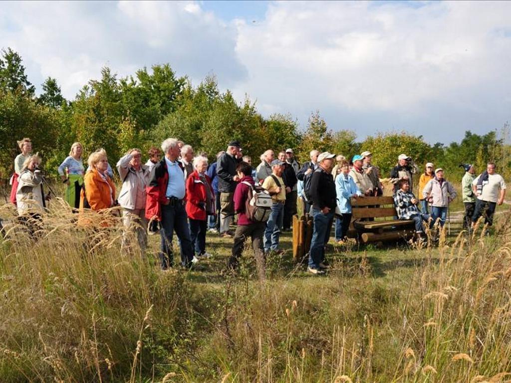 Wandergruppe - Blick ins Westfeld