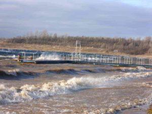Anleger bei Sturm im November 2011